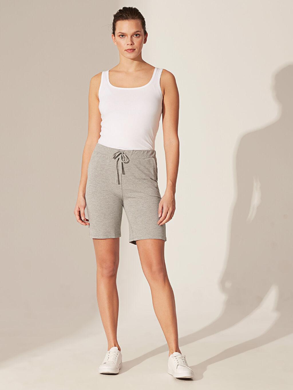 %51 Pamuk %49 Polyester Şort İnce Sweatshirt Kumaşı Standart Normal Bel Orta Kalınlık %100 Pamuk Beli Lastikli Pamuklu Bermuda