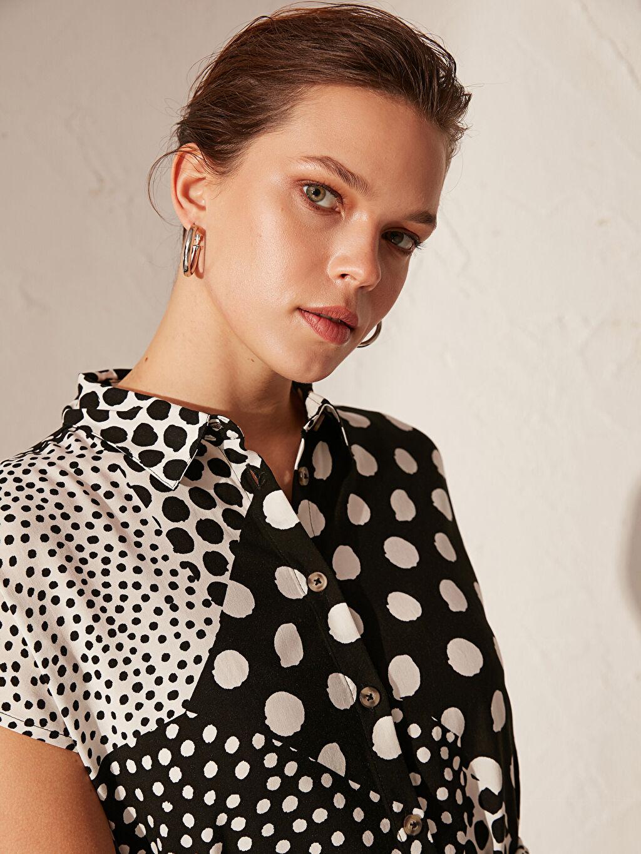 Gri Kuşaklı Desenli Gömlek Elbise