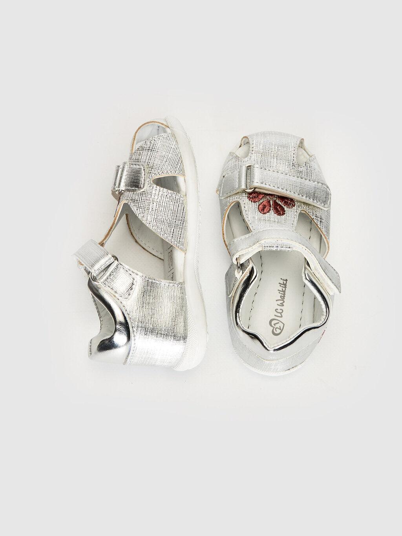 Gri Kız Bebek Nakış Detaylı Cırt Cırtlı Sandalet 0SC056Z1 LC Waikiki
