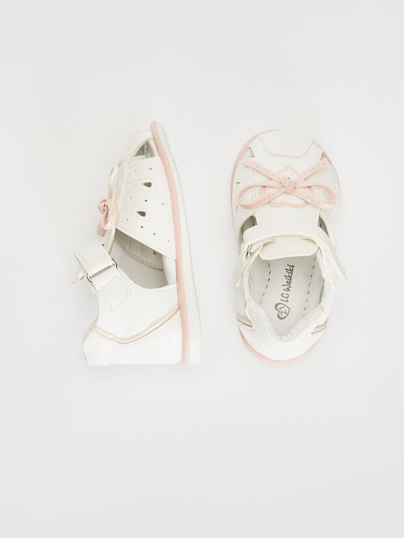 Beyaz Kız Bebek Fiyonk Detaylı Cırt Cırtlı Sandalet 0SC119Z1 LC Waikiki
