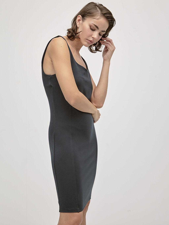 Kadın İncelten Etkili Kare Yaka Esnek Kalem Elbise
