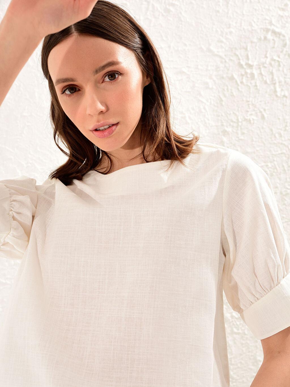 Kadın Dokulu Pamuklu Kumaştan Balon Kol Bluz