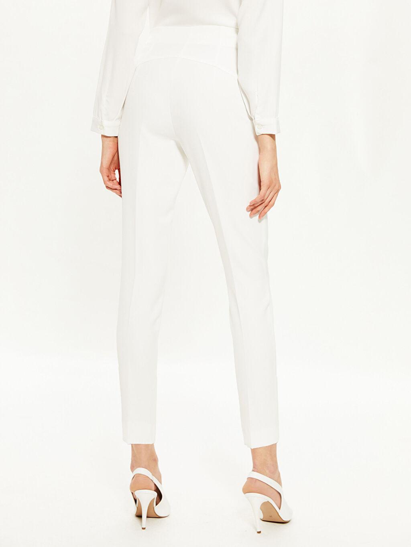 Kadın Bilek Boy Havuç Kumaş Pantolon