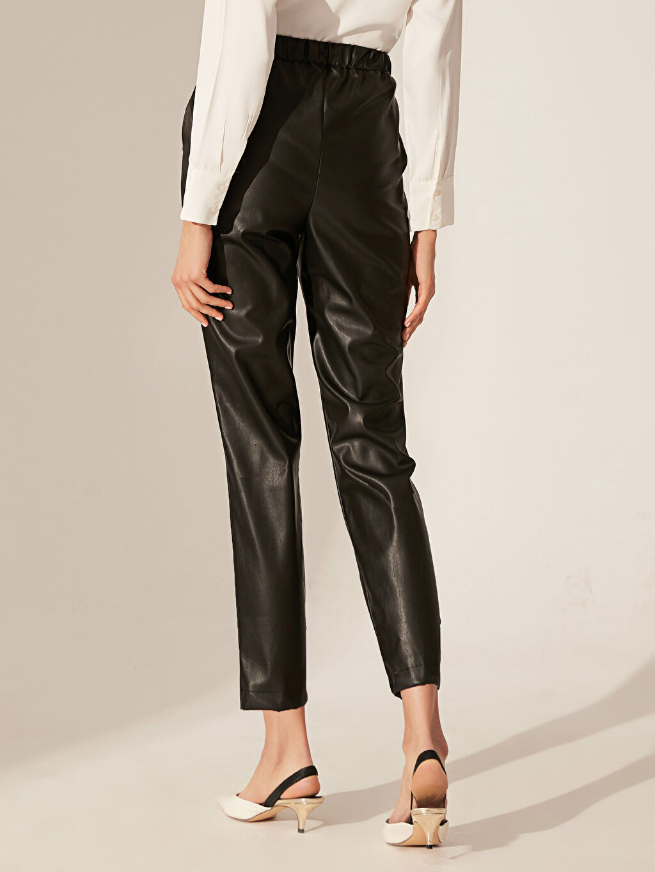 Kadın Deri Görünümlü Yüksek Bel Havuç Pantolon