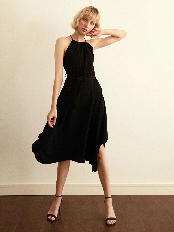 Siyah Halter Yaka Sırt Detaylı Elbise 0SV794Z8 LC Waikiki
