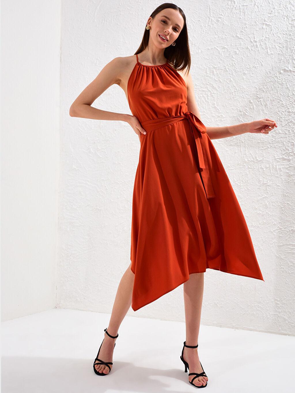 Düz Orta Kalınlık Kolsuz Elbise Parti Halter Yaka Sırt Detaylı Elbise