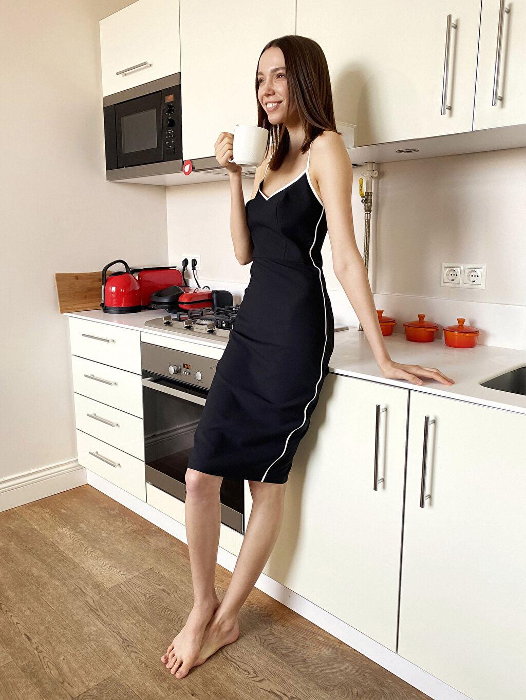 Siyah Appleline Şerit Detaylı Esnek Kalem Elbise 0SAA70Z8 LC Waikiki