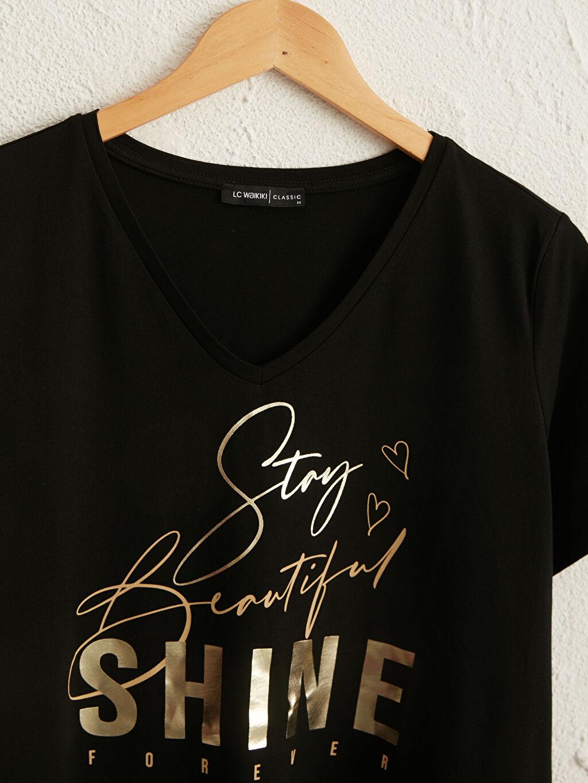 %100 Pamuk Penye V Yaka Kısa Kol Tişört İşıltılı Yazı Baskılı Pamuklu Tişört