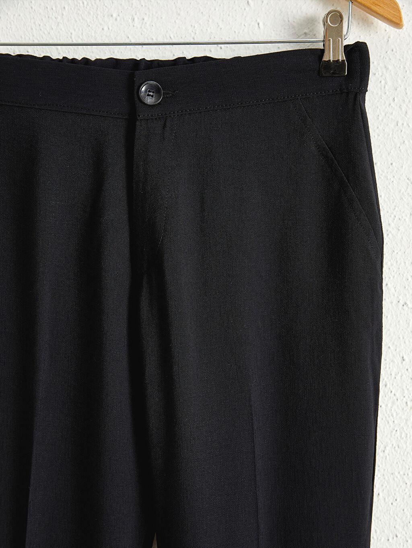 %13 Polyester %87 Viskoz Beli Lastikli Düz Paça Pantolon