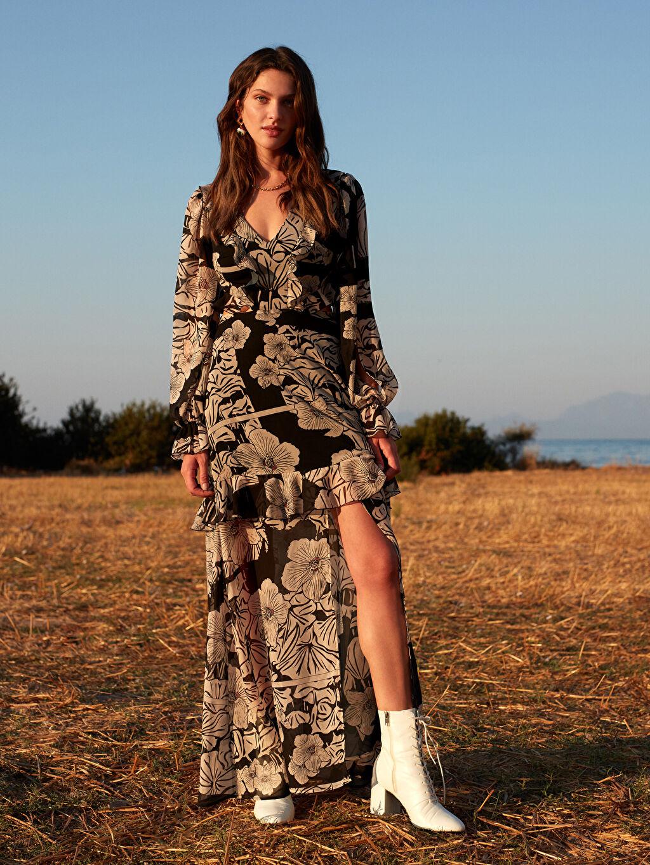 %100 Polyester %100 Polyester Elbise Desenli Oopscool X Lcwaikiki Çiçek Desenli Volanli Yirtmaçli Uzun Elbise