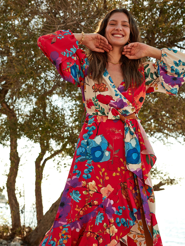 %100 Polyester %100 Polyester Elbise Oopscool X Lcwaikiki Çiçek Desenli Kuşakli Anvelop Elbise