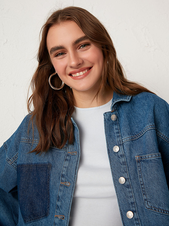 İndigo Sökük Cep Detaylı Jean Ceket