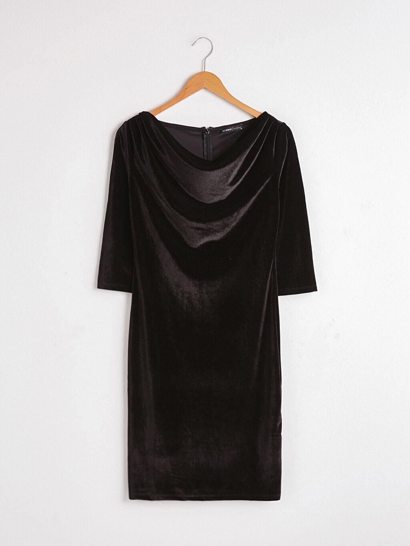 Siyah Degaje Yaka Kadife Elbise