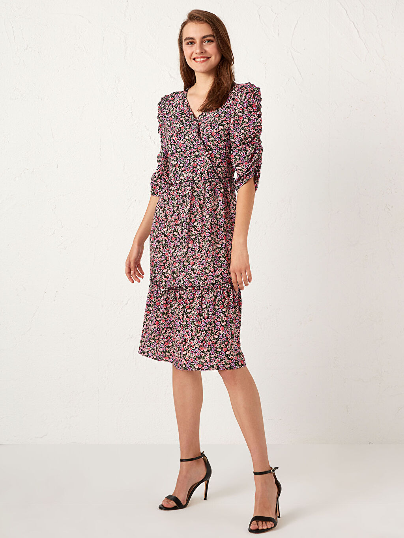 %100 Viskoz Elbise Desenli Standart İnce Kruvaze Astarsız 3/4 Boy Fit&Flare Midi Desenli Kruvaze Yaka Elbise