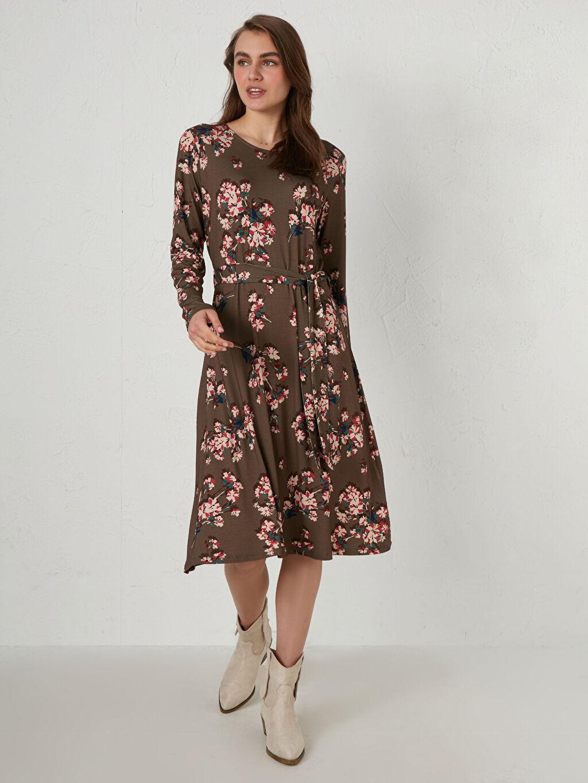 Bej Çiçek Desenli Kuşaklı Kloş Elbise 0WHA41Z8 LC Waikiki