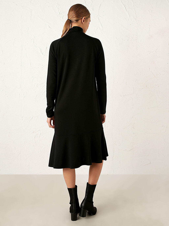%26 Polyester %71 Viskoz %3 Elastan Yaka Detaylı Jakarlı Elbise