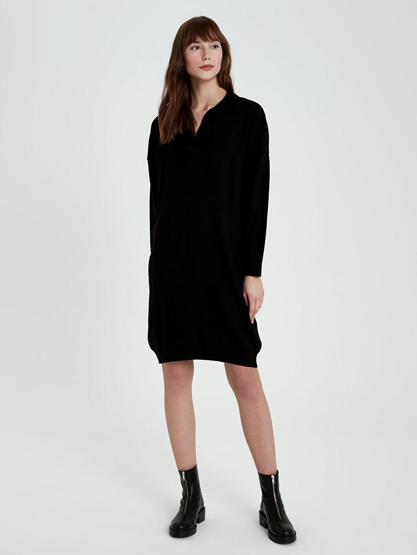 %100 Akrilik V Yaka Akrilik Triko Elbise