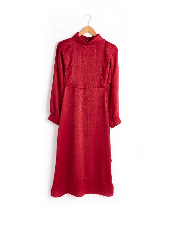 0WIB40Z8 Dik Yaka İşıltılı Uzun Saten Elbise