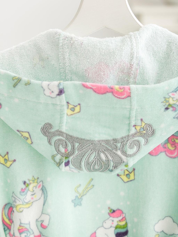Unicorn Desenli Kadife Çocuk Bornoz