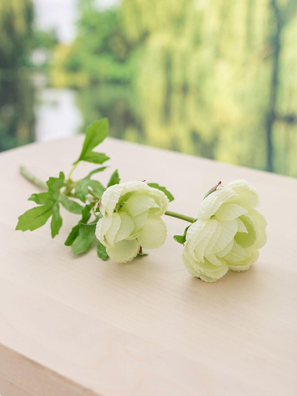 Beyaz Yapay Çiçek 8W0486Z8 LC Waikiki