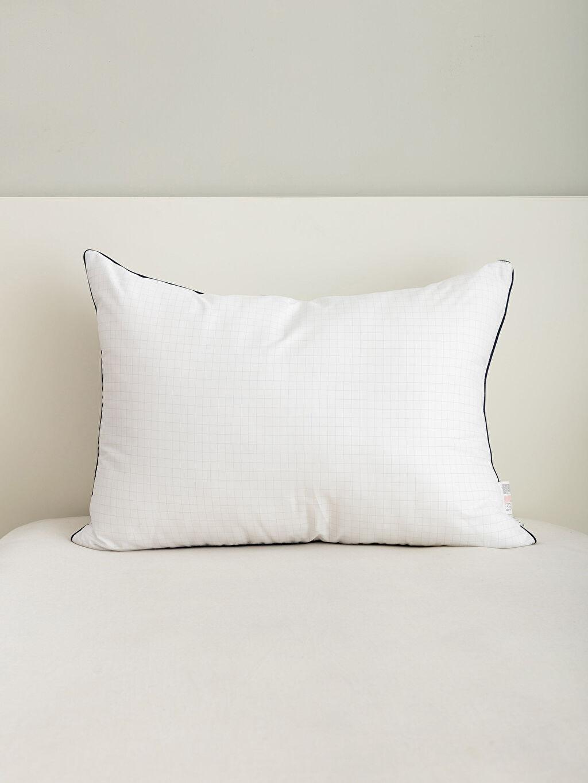 %99 Poliester %1 Poliamid Yastık Antistres Yastık 50x70 Rahat Uyku Yastığı