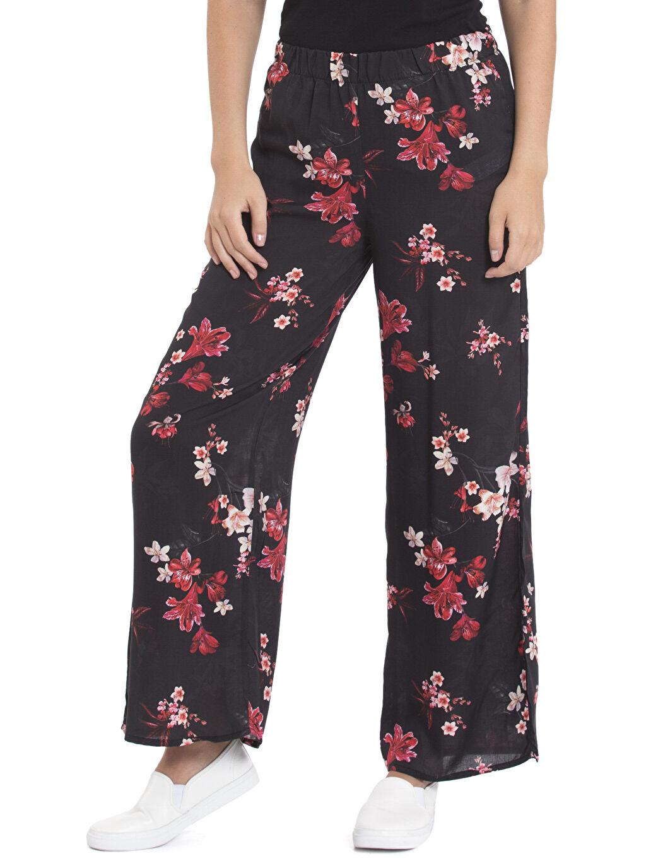 Kırmızı Desenli Bol Pantolon 7K9215Z8 LC Waikiki