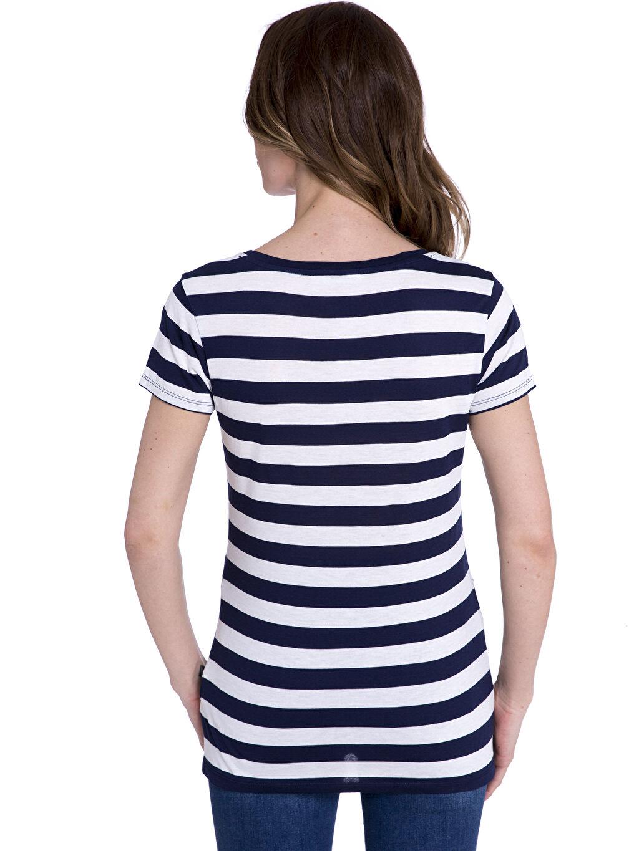 %32 Polyester %68 Viskoz Tişört V Yaka Kısa Kol Standart Çizgili Penye Standart V Yaka Çizgili Tişört