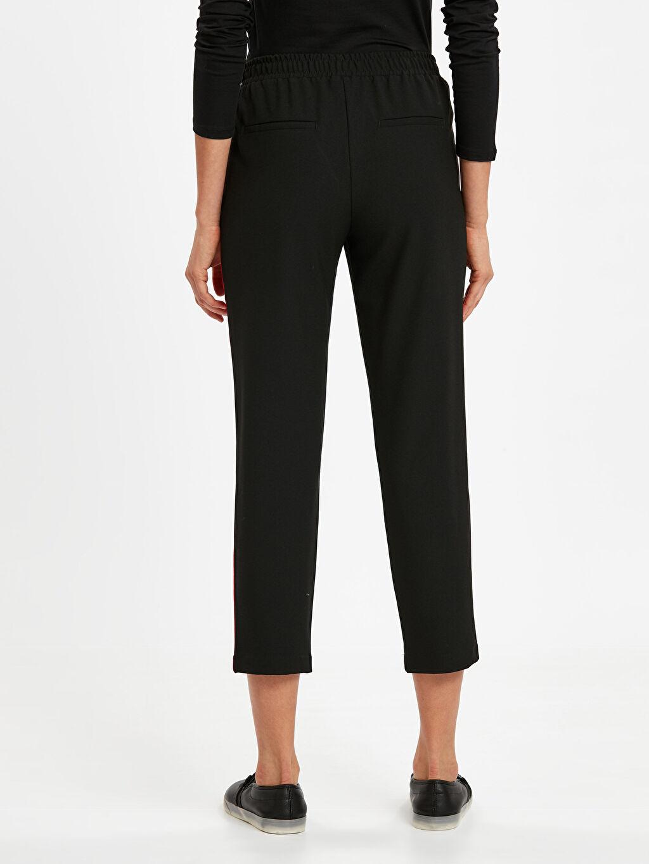 Kadın Beli Lastikli Şerit Detaylı Havuç Pantolon