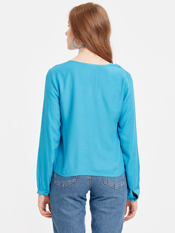 %100 Viskon Düz V Yaka Bluz Uzun Kol Düz Standart Beli Bağlama Detaylı Krep Gömlek