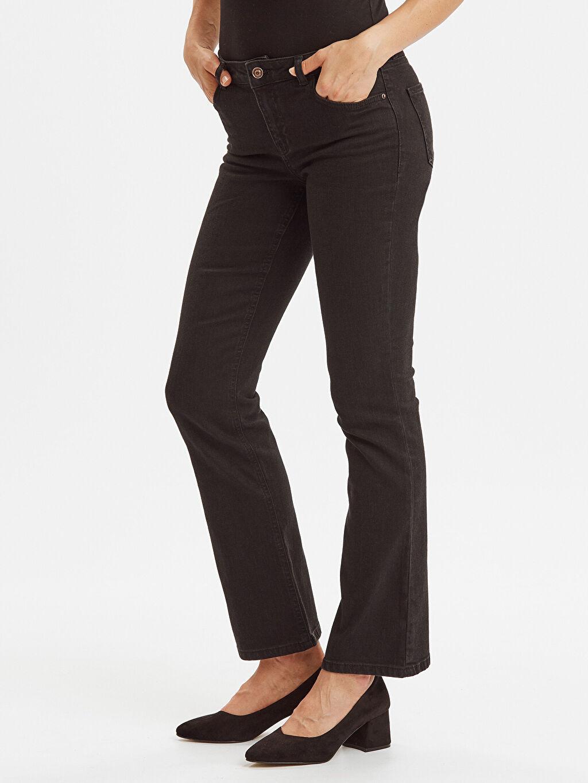 %98 Pamuk %2 Elastan Normal Bel Uzun Jean Standart Çizme Paça Jean Pantolon