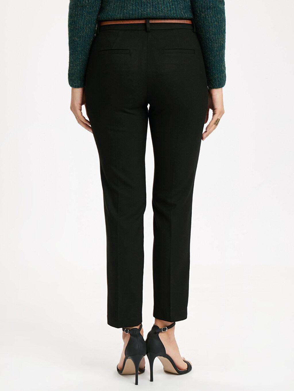 Kadın Bilek Boy Düz Paça Kumaş Pantolon