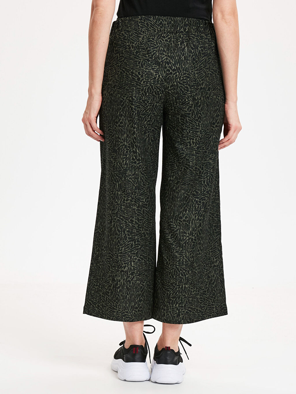 Kadın Beli Lastikli Geniş Paça Kadife Pantolon
