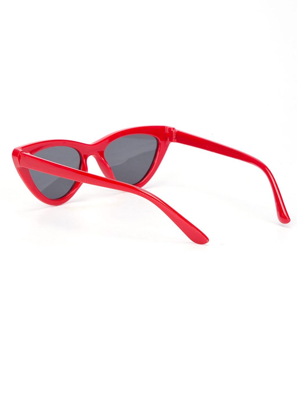 %100 Diğer Cat Eye Güneş Gözlüğü