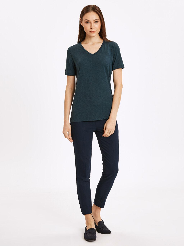 Kadın V Yaka Düz Salaş Tişört