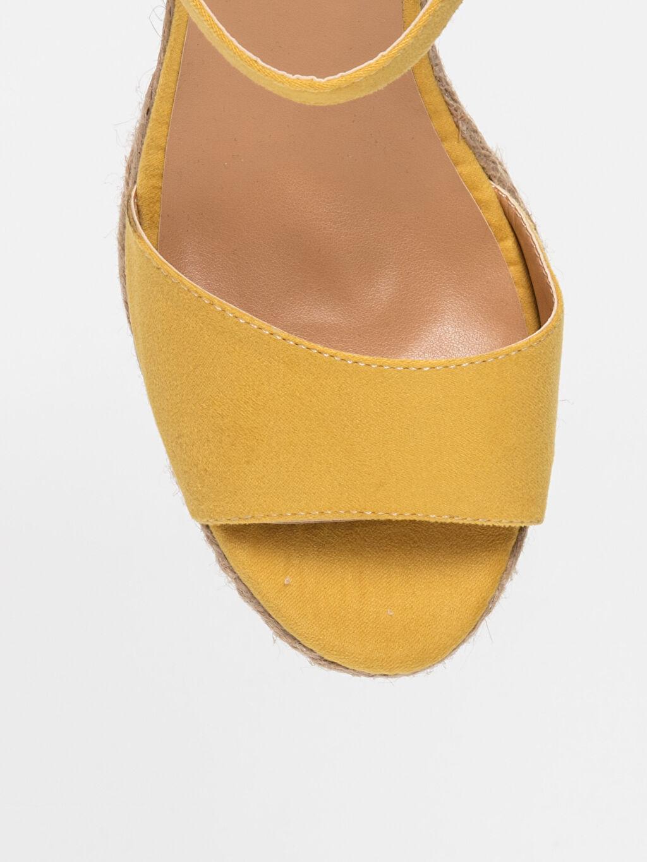 LC Waikiki Sarı Kadın Hasır Dolgu Topuk Sandalet