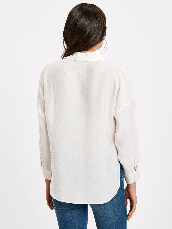 %15 Poliamid %85 Viskon Gömlek Düz Uzun Kol Düz Standart Düğmeli Gömlek Yaka Beli Bağlama Detaylı Viskon Gömlek