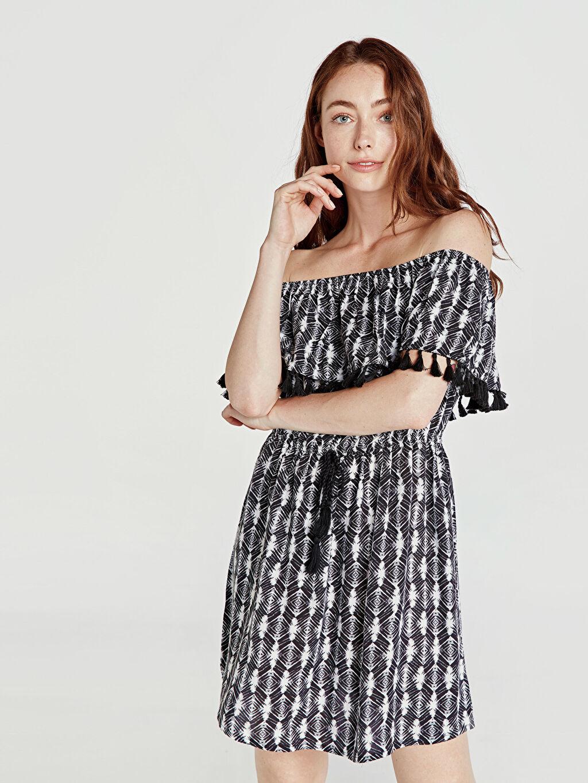 %100 Viskoz Günlük Geniş/Yarasa Kol Fit&Flare Elbise Kısa Baskılı Astarsız Omuzları Açık Püskül Detaylı Elbise