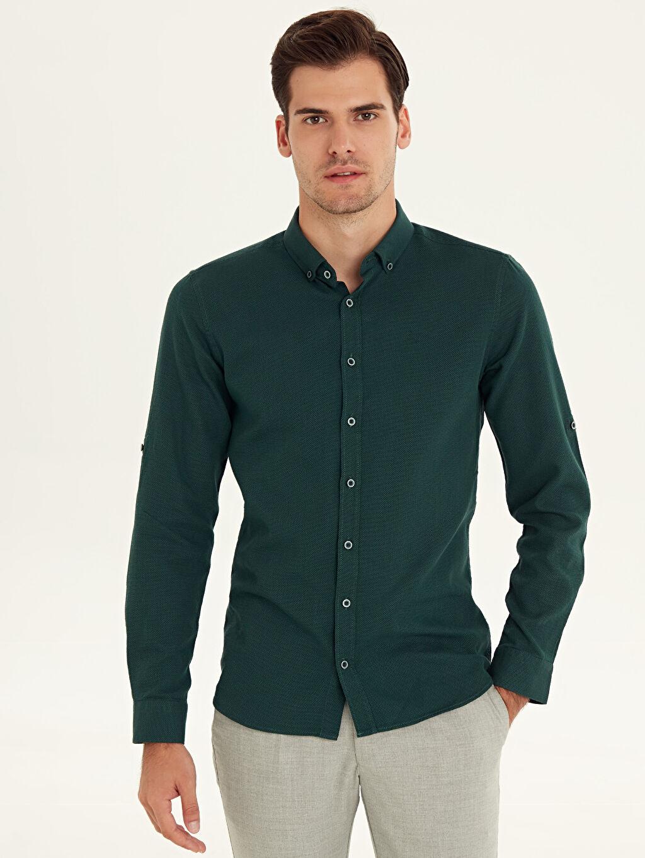 %100 Pamuk Orta Kalınlık %100 Pamuk Gömlek Uzun Kol Düğmeli Gömlek Yaka Baskılı Dar Patlı Slim Fit Armürlü Uzun Kollu Poplin Gömlek