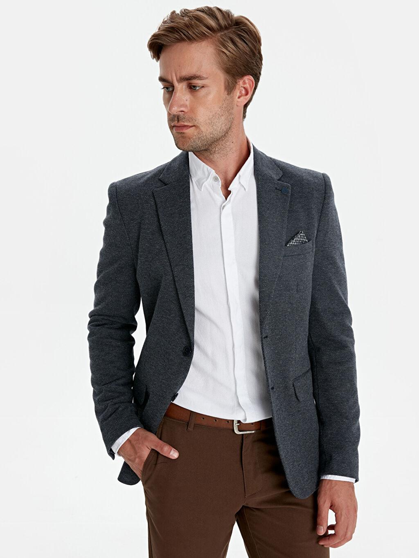 %8 Pamuk %78 Poliester %13 Viskoz %1 Elastan %100 Polyester Yarım Astar Baskılı Dar Blazer Ceket Dar Kalıp Desenli Blazer Ceket