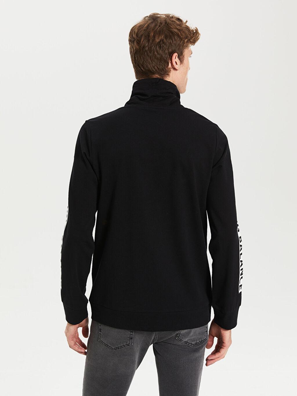 %84 Pamuk %16 Polyester Keşiş Yaka Baskılı Uzun Kollu Sweatshirt