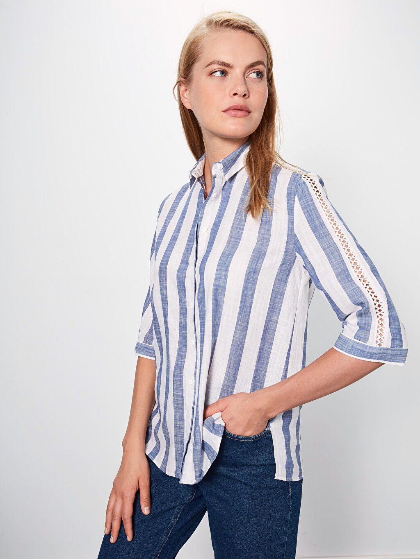 %100 Pamuk Uzun Kol Standart Düğmeli Gömlek Yaka Gömlek Düz %100 Pamuk Kolları Fisto Detaylı Çizgili Gömlek