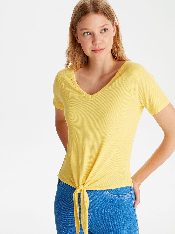 Sarı Beli Bağlamalı Viskon Tişört 9WJ646Z8 LC Waikiki