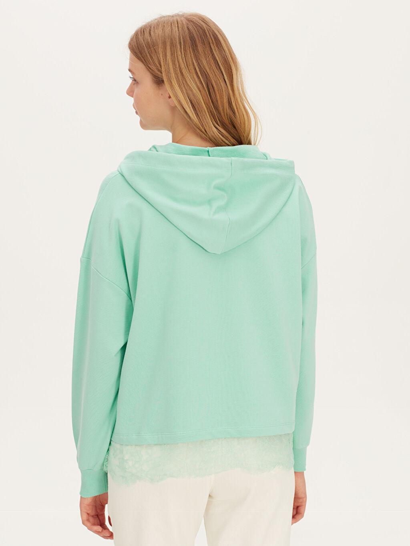 Kadın Dantel Detaylı Kapüşonlu Sweatshirt