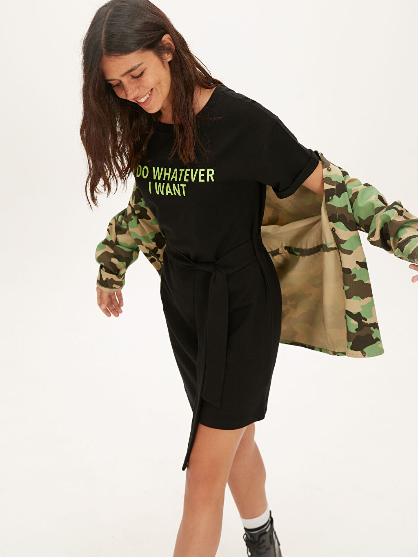 Siyah Neon Yazı Baskılı Pamuklu Elbise 9WM085Z8 LC Waikiki