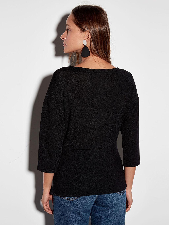 Kadın Büzgü Detaylı Işıltılı Esnek Bluz