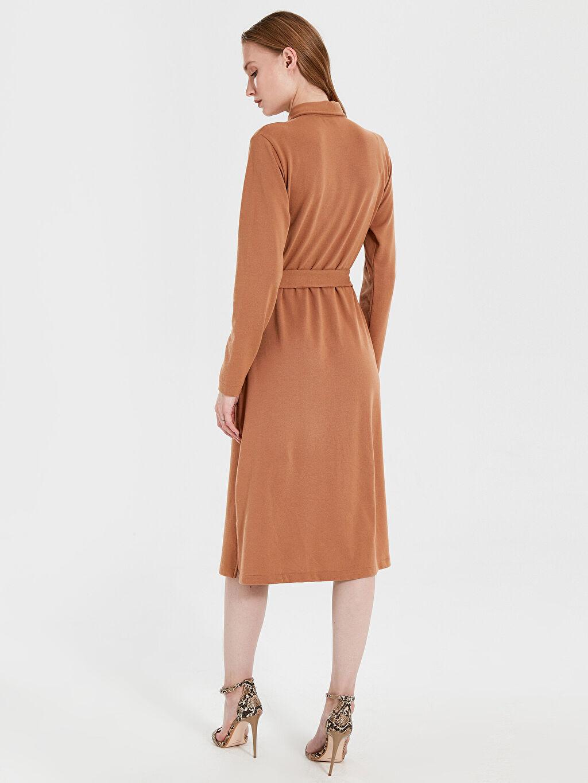 Kadın Kuşaklı Esnek Gömlek Elbise