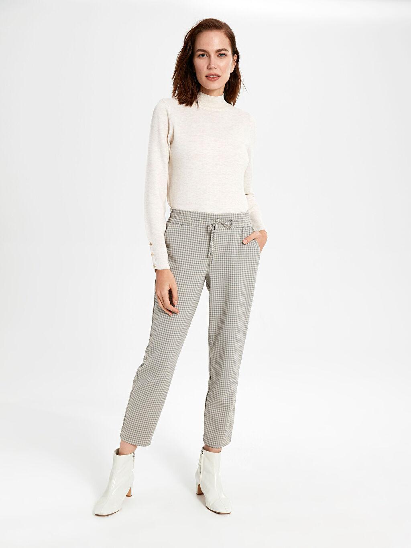 %64 Polyester %33 Viskon %3 Elastan Bilek Boy Ekose Standart Pantolon Yüksek Bel Bilek Boy Ekose Pantolon