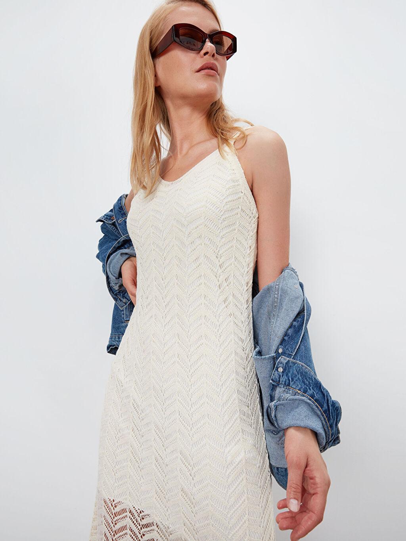 %85 Akrilik %15 Poliamid %100 Polyester Askılı Elbise Düz Triko Uzun Günlük Vücuda Oturan V Yaka Kendinden Desenli Triko Elbise