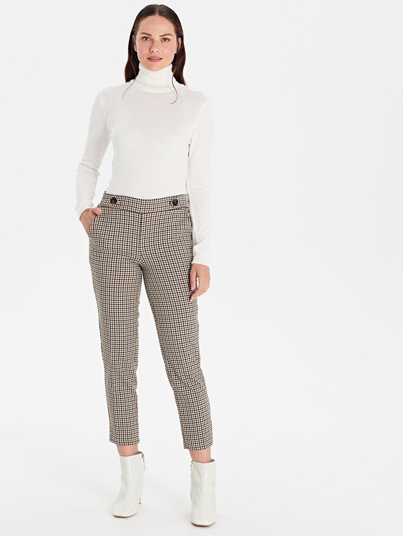 %63 Polyester %5 Elastan %32 Viskon Ekose Bilek Boy Normal Bel Havuç Kesim Pantolon Beli Lastikli Ekose Havuç Pantolon