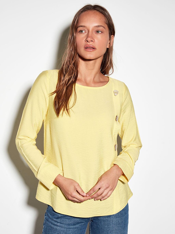 %15 Poliamid %85 Viskon Düz Standart Bluzan Standart Bisiklet Yaka Bluz Uzun Kol Tam Pat Düğme Detaylı Viskon Bluz